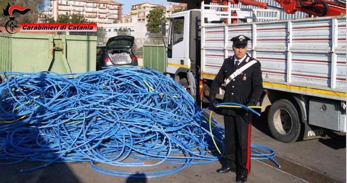 Ruba 4 tonnellate di rame dalla tratta Fce: arrestato