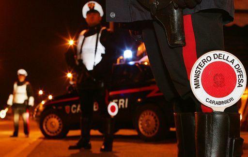 """Posto di blocco ai """"Quattro Canti"""": nella notte fallisce furto a tabacchino"""