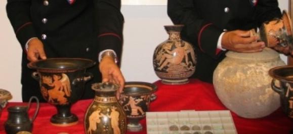 Traffico internazionale di beni archeologici: coinvolto un 50enne paternese