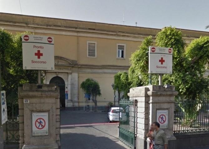 Anziano muore al pronto soccorso del Vittorio Emanuele di Catania, esposto del Codacons