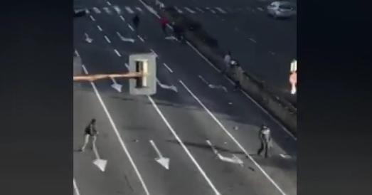 CATANIA: Mega rissa in via Vincenzo Giuffrida tra lavavetri – VIDEO