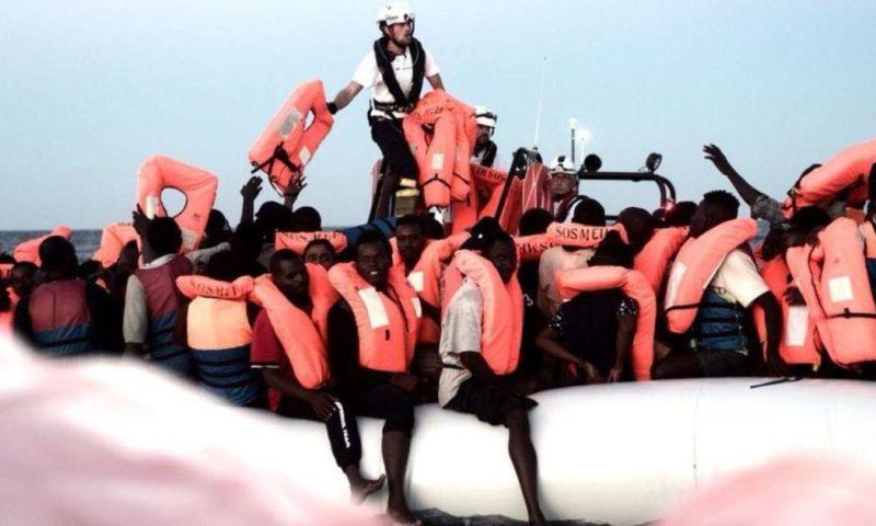 Spagna accoglierà la nave Aquarius a Valencia. Salvini: 'Evidentemente alzare la voce paga'