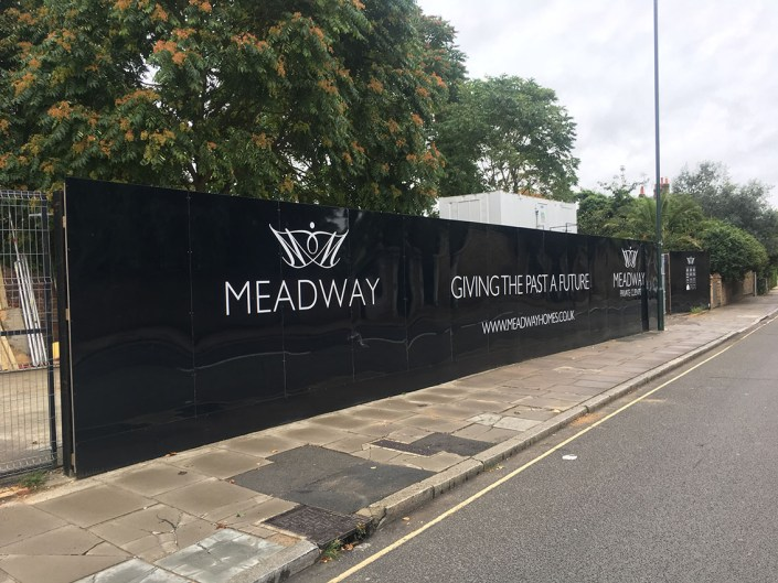 989 design bespoke printed hoarding in kingston