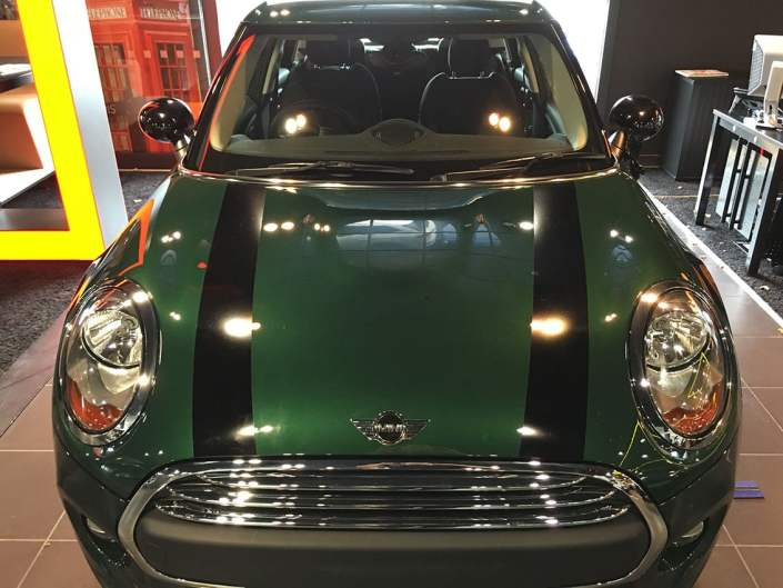 cut vinyl bonnet graphics for BMW Mini