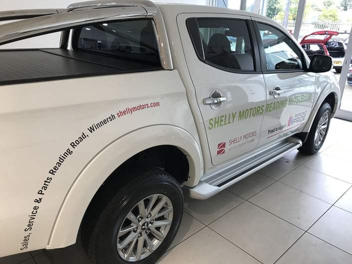 cut vinyl vehicle graphics for promotions