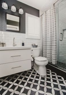 Beautiful Black And White Shower Curtains Design Ideas 11