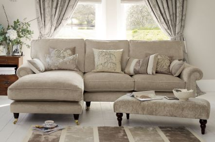 Comfortable Ashley Sectional Sofa Ideas For Living Room 44