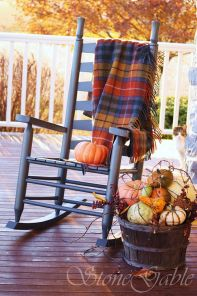 Easy But Inspiring Outdoor Fall Decoration Ideas 01