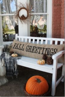Easy But Inspiring Outdoor Fall Decoration Ideas 10