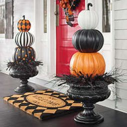 Easy But Inspiring Outdoor Fall Decoration Ideas 48