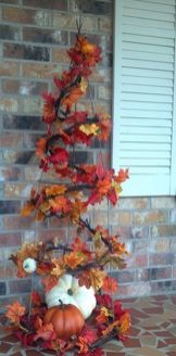 Easy But Inspiring Outdoor Fall Decoration Ideas 80