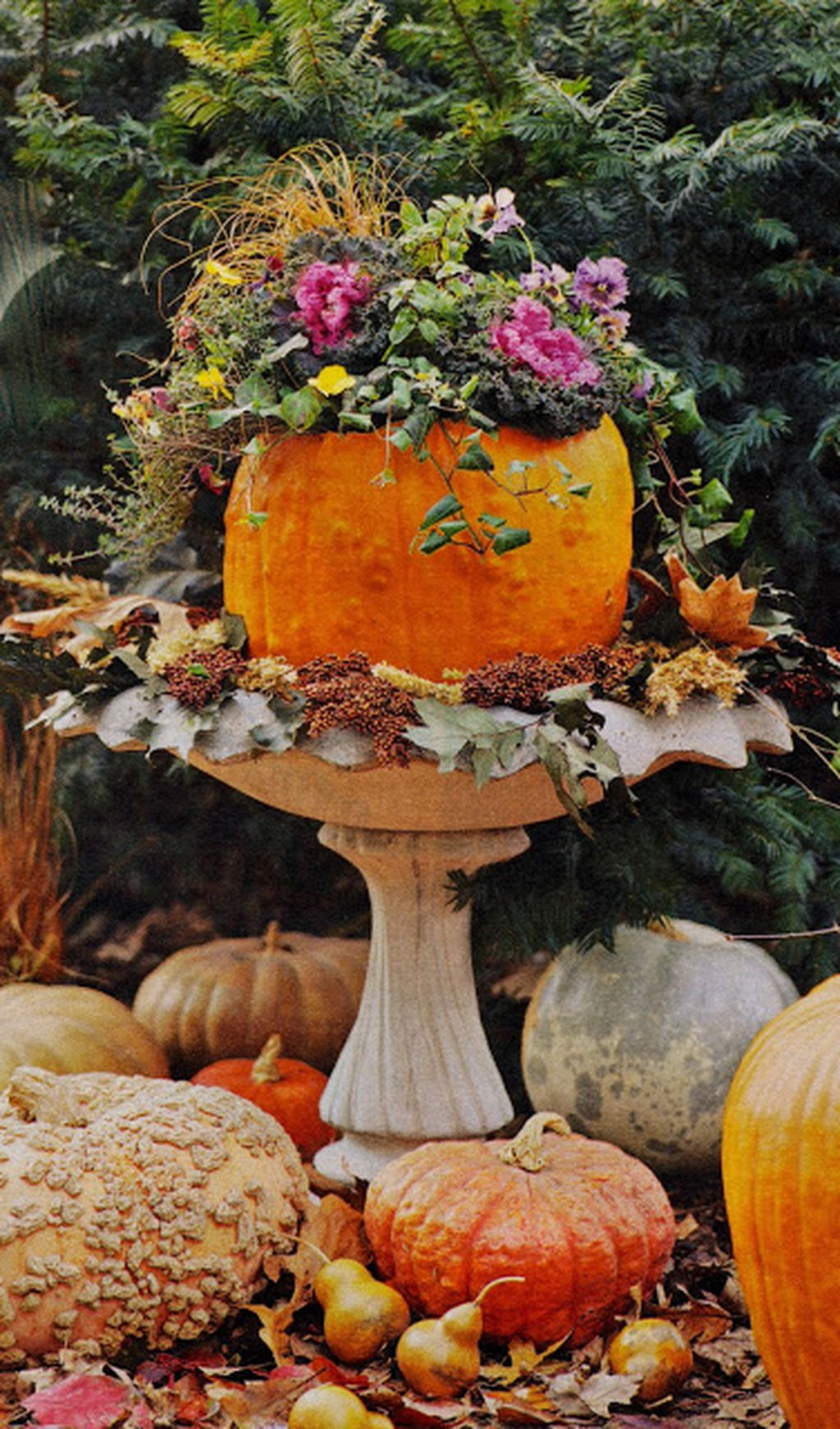 Easy But Inspiring Outdoor Fall Decoration Ideas 91