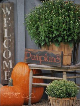 Easy But Inspiring Outdoor Fall Decoration Ideas 94