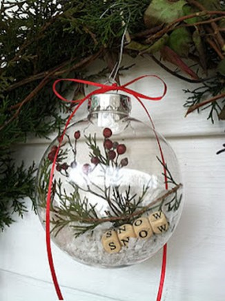 Cute And Creative Homemade Christmas Ornaments Ideas You Should Try 12