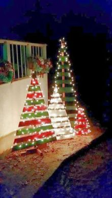 Easy And Creative DIY Christmas Tree Design Ideas You Can Try As Alternatives 32