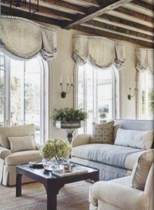 Incredible And Stunning French Home Decoration Ideas 96