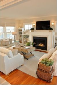 Modern And Elegant Living Room Design Ideas For Small Space 37
