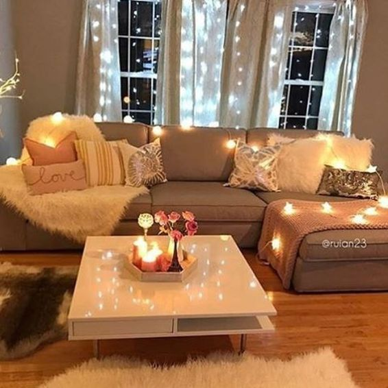 Modern And Elegant Living Room Design Ideas For Small Space 61