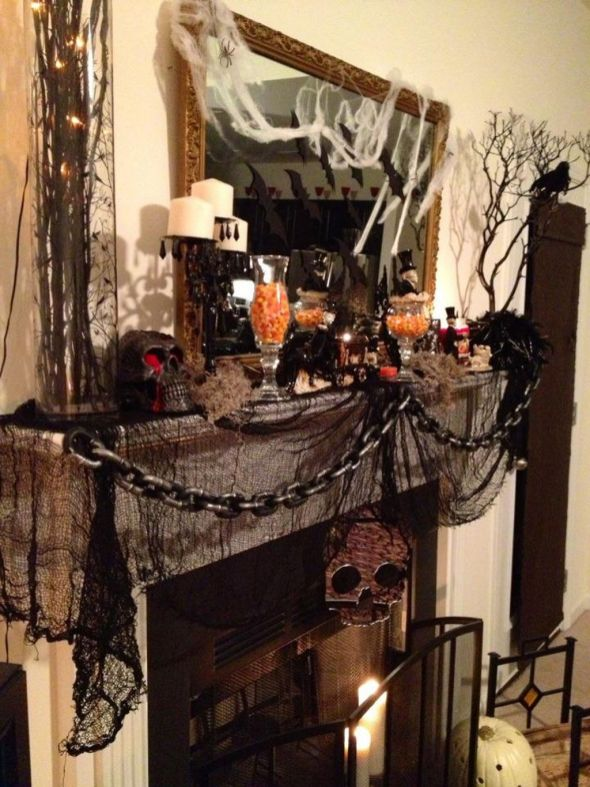 Scary But Classy Halloween Fireplace Decoration Ideas 05
