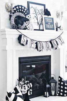 Scary But Classy Halloween Fireplace Decoration Ideas 51