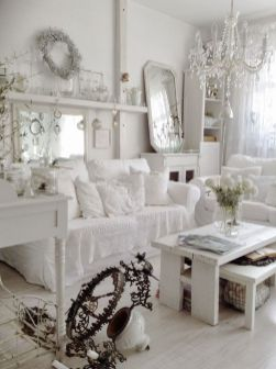 Stunning White Vintage Christmas Decoration Ideas 93