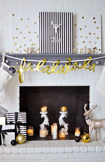 Elegant Black And Gold Christmas Decoration Ideas36