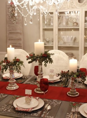 Elegant Christmas Table Decoration Ideas06