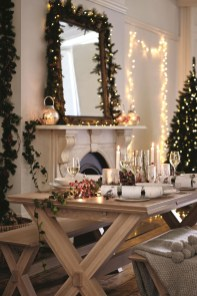 Elegant Christmas Table Decoration Ideas26