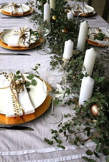 Elegant Christmas Table Decoration Ideas34