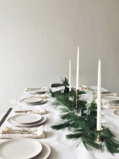 Elegant Christmas Table Decoration Ideas36