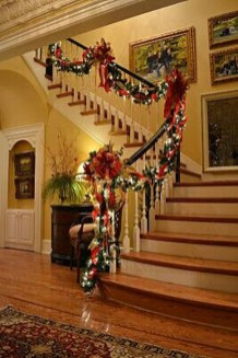 Gergerous Indoor Decoration Ideas With Christmas Lights17