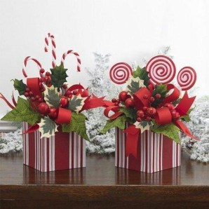 Simple And Easy Christmas Centerpieces Ideas21