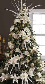 Totally White Vintage Christmas Decoration Ideas19
