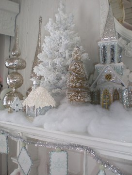 Totally White Vintage Christmas Decoration Ideas47