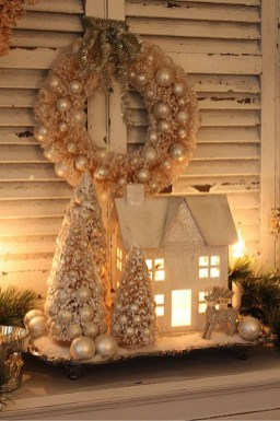 Totally White Vintage Christmas Decoration Ideas49