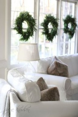Totally White Vintage Christmas Decoration Ideas51