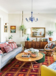 Bright And Colorful Living Room Design Ideas10
