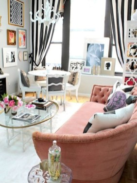 Bright And Colorful Living Room Design Ideas24