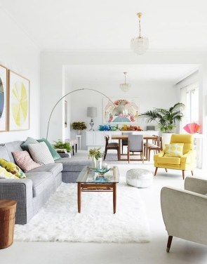 Bright And Colorful Living Room Design Ideas26