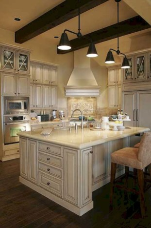 Amazing French Country Home Decoration Ideas 25
