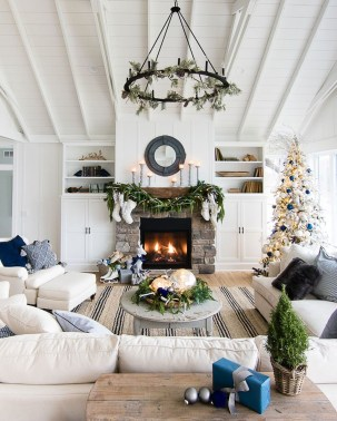 Best Winter Living Room Decoration Ideas 57