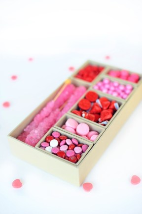 Cute Easy Valentine Candy Decorations 36