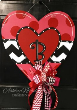 Cute Valentine Door Decoration Ideas You Should Try 18