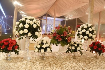 Cute Valentines Day Wedding Decoration Ideas 34