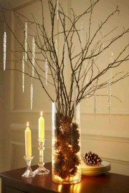Stunning Gold Winter Decoration Ideas 20