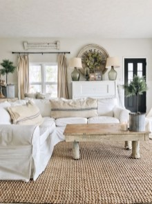 Cute Shabby Chic Farmhouse Living Room Decor Ideas 31