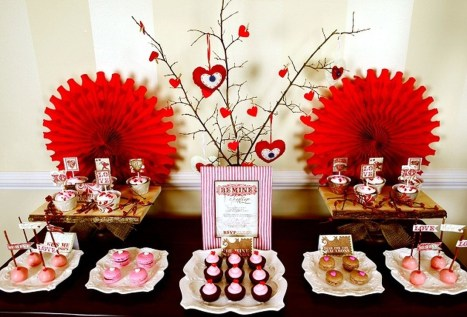 Inspiring Table Decoration Ideas For Valentines Party 15