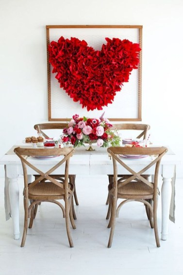 Inspiring Table Decoration Ideas For Valentines Party 36