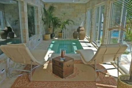 Adorable Small Indoor Swimming Pool Design Ideas 56