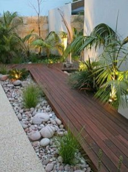 Gorgeous Front Yard Landscaping Remodel Ideas 42